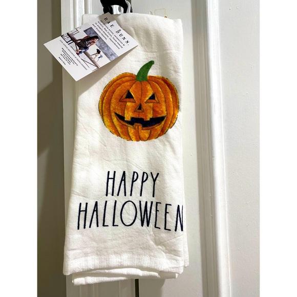 Rae Dunn- Halloween kitchen Towels With Pumpkin